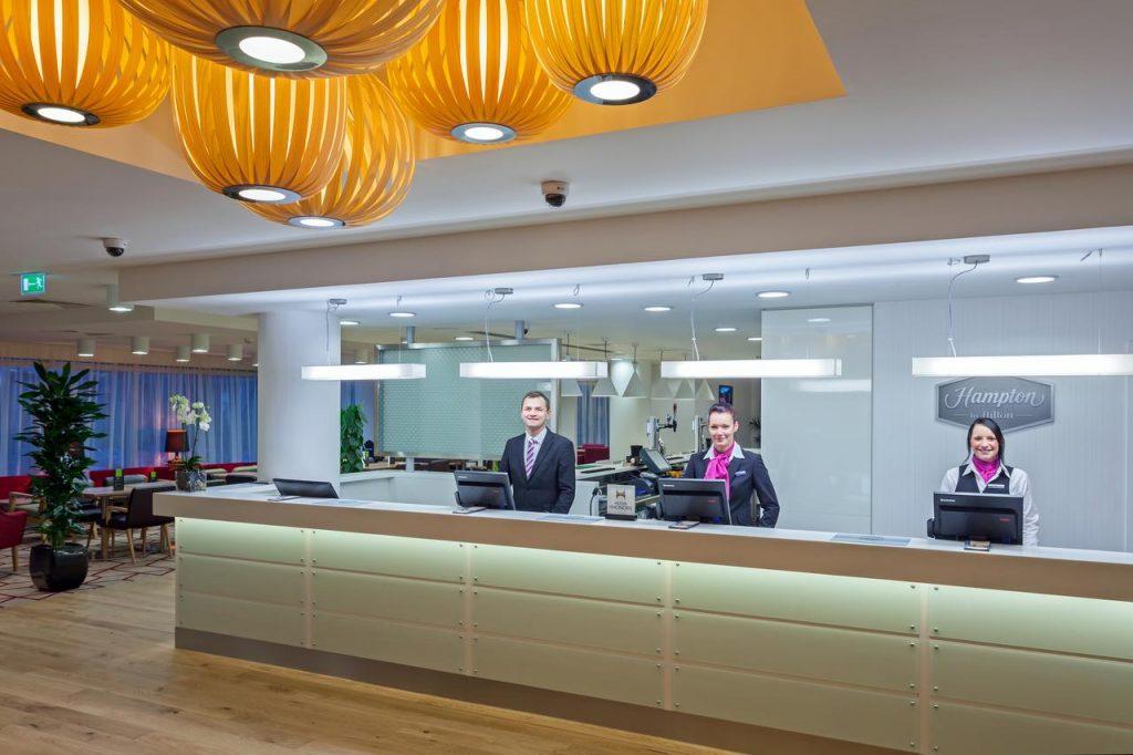 hilton gatwick hotell 1024x682 - Hotell vid Gatwick flygplats